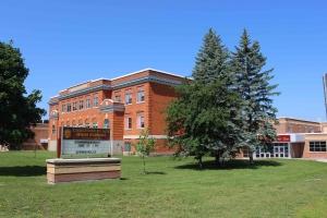 Foto de Carleton institute High School al Canadà