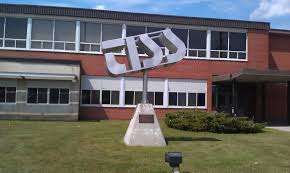 Foto de l'escola High School al Canadà