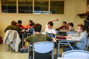 educació secundària obligatòria ESO treballant a l'aula